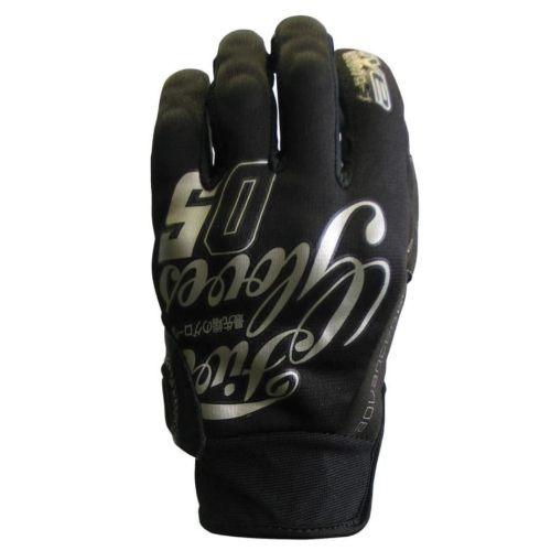 Five Gloves Slide Glove